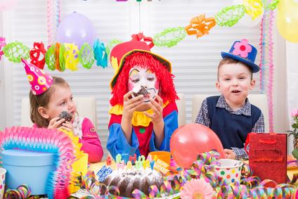 kindergeburtstag feiern planung und vorbereitung eines geburtstags f r kinder einladungen. Black Bedroom Furniture Sets. Home Design Ideas